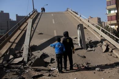 عزبة النخل انهيار كوبرى الشيخ منصور تصوير علي هزاع (18)